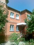Продается 2-х этажный дом из красного кирпича